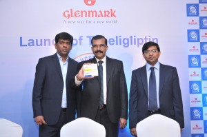 Jason D'Souza-VP-Corporate Strategy and Investor Relations, Sujesh Vasudevan-President and Head-India Business and Dr. Vikas Gupta, VP-India Business at the launch of Tenaligliptin from Glenmark
